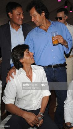 Imran Khan Family, Imran Khan Sons, Imran Khan Pakistan, Pakistan Army, Pakistan News, Bollywood Photos, Bollywood Actors, Bollywood Girls, Bollywood Celebrities