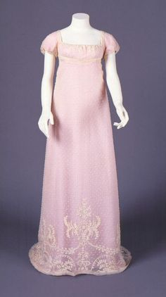 Dress owned by Charlotte Perkins, 1805-1810. Connecticut Historical Society.