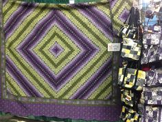 Love the Colors! Country Quilts at the Fresno Fall Home Improvement Show, November 8,9,10, 2014