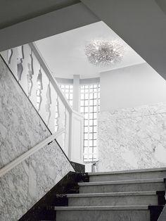 Hollywood Ceiling lamp by BRAND VAN EGMOND #hallway #lighting #brandvanegmond #art #hollywood