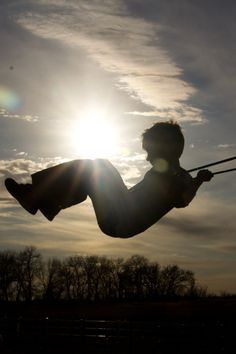 How to photograph your child swinging