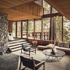 So we can know which sunken living room design is right for us. Some lists of sunken living room design ideas below might be the best reference for you. Living Room 70s, Sunken Living Room, Living Room Remodel, Living Room With Fireplace, Living Room Decor, Living Spaces, Interior Architecture, Interior And Exterior, Fireplace Remodel