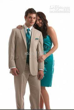 Google-Ergebnis für http://image.dhgate.com/albu_333452228_00-1.0x0/new-groom-tuxedos-beige-groomsmen-notch-collar.jpg