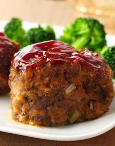 30-Minute Mini Meat Loaves -- perfect for a quick & yummy weeknight dinner!