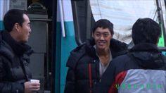 20131203 KBS감격시대 영월 리허설을 마치고 식사하러 나오는 KIM HYUN JOONG /TIME 2:31 - POSTED 5DEC2013 - 6K views / IG