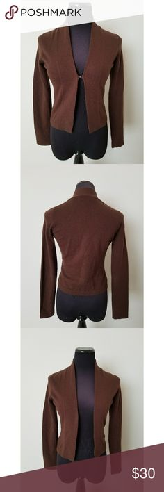 100% Cashmere Lilly Pulitzer Brown Cardigan Brown cardigan / shrug from Lilly Pulitzer. It is 100% cashmere, so it is incredibly soft! In excellent condition. Can be clasped together in the front. Size XS, but could also fit a small. Lilly Pulitzer Sweaters Cardigans