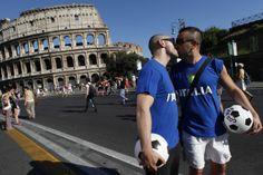 Pride march past an ancient Colosseum in Rome. June 23, 2012. (Photo: Alessandra Tarantino / AP)