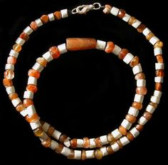 Antique carnelain gemstone beads necklace  http://www.ancientresource.com/images/mesopotamian/carnelian_necklace001.jpg