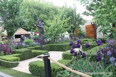 The Morgan Stanley Healthy Cities Garden, designed by Chris Beardshaw and built by Keith Chapman Landscapes