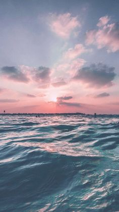 Iphone Wallpaper - Sunset Sea Sky Ocean Summer Green Water Nature - Wallpaper World Summer Wallpaper, Nature Wallpaper, Iphone Wallpaper Ocean, Landscape Wallpaper, Trendy Wallpaper, Pink Ocean Wallpaper, Landscape Art, Storm Wallpaper, View Wallpaper