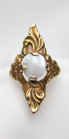This lovely ring is beauty incarnate! Coming soon to Isadoras!