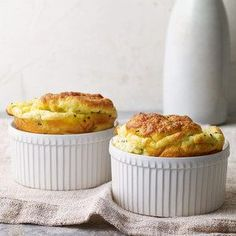 These light and airy Chive & Goat Cheese Souffles are the brunch dish you need for Spring! Individual Cheese Souffle Recipe, Brunch Recipes, Breakfast Recipes, Breakfast Bites, Breakfast Options, Diet Breakfast, Fingers Food, Tapas, Souffle Recipes