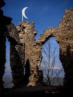https://flic.kr/p/rWzvE9   Türkensturz - Burgruine auf einer steilen Felswand in Gleissenfeld nahe Seebenstein und Schneebergblick