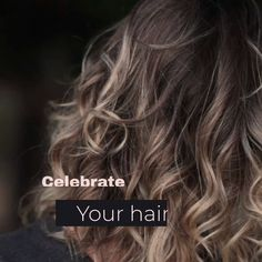 Wigs & Hair Extensions : 10 Ways To Look Beautiful Every Season Blonde Hair With Highlights, Balayage Hair Blonde, Brown Blonde Hair, Balayage Highlights, Popular Hairstyles, Hairstyles Haircuts, Hair You Wear, New Hair, Your Hair