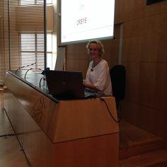 Nathalie Olivier, conférencière se prépare pour #confrh dans qqs minutes #orsys Suivez #orsys sur #Instagram : https://instagram.com/orsysformation/