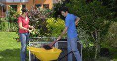 Beim Dünger haben Hobbygärtner die Qual der Wahl, denn die Regale im Gartenfachhandel sind prall gefüllt. Hier stellen wir Ihnen zehn verschiedene Düngemittel vor, mit denen Sie in der Regel auskommen.