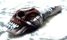 White Out Grey Snake Skull Tobacco Pipe Small Smoking Bowl Metal Lip Non Glass