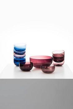 Timo Sarpaneva glass bowl produced by Iittala Finland