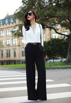 Interview, Office work to dinner outfit. Nicole Warne Australian Fashionista LOVE this outfit Black And White Outfit, Black White, White Style, White Tops, Nicole Warne, Elegantes Outfit, Looks Style, Look Chic, Work Attire