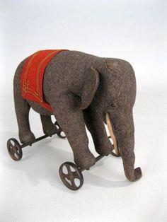 Stief wheeled elephant pull toy