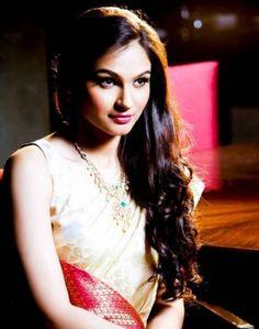 andrea-jeremiah-indian-actress-cute-photos (4)