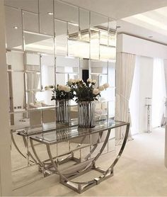 Console Craftsmanship Techniques by Boca do Lobo in Homo Faber This is a beautiful place to come for modern home decor ideas. Modern console table is at the center of our attention. Modern Mirror Design, Modern Interior Design, Home Design, Design Ideas, Wall Design, Modern Decor, Hallway Decorating, Entryway Decor, Home Decor Bedroom