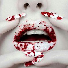 Ideas de maquillaje de labios para Halloween, 2014: Sangre