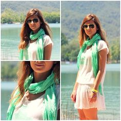 WHITE SKIRT & GREEN FOULARD