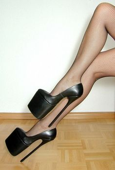 BEAUTIFUL HIGH HEEL PLATFORM BLACK EXTREME