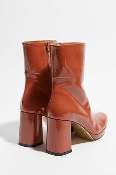 8b62e44963fa Nancy Patent Brown. Cuir Verni NoirBottines ...