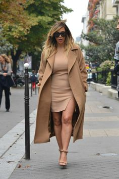 September 30, 2013 - Kim Kardashian shopping in Paris.   .