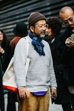 it's in the accessories Look Fashion, Mens Fashion, Fashion Outfits, Outfits Hombre, La Mode Masculine, Mode Style, Mens Clothing Styles, Stylish Men, Street Style Women