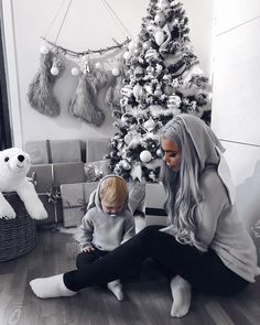 70.1k Followers, 405 Following, 635 Posts - See Instagram photos and videos from ❄️ Annelin Stangeland (@annelinsta) Mommy And Me Outfits, Family Outfits, Baby Boy Outfits, Mommy And Son, Mom And Baby, Baby Pictures, Baby Photos, Baby Boy Swag, Christmas Baby