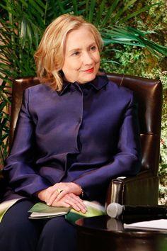 Sie ist eine der mächtigsten Frauen der  Welt, vielleicht bald die nächste US-Präsidentin – und absoluter Profi in Job-Fragen: GLAMOUR hat exklusiv mit der amerikanischen Politikerin Hillary Clinton über Karriere  gesprochen