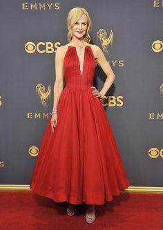 Découvrez les plus beaux looks des stars lors de la cérémonie des Emmy Awards 2017. Focus : Nicole Kidman