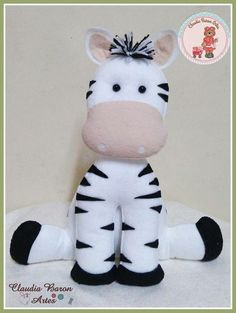 Free Pattern - scroll down Baby Crafts, Felt Crafts, Diy And Crafts, Sewing Toys, Sewing Crafts, Sewing Projects, Animal Sewing Patterns, Felt Patterns, Sewing Stuffed Animals