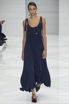 Salvatore Ferragamo Spring 2016 Ready-to-Wear Fashion Show - Binx Walton