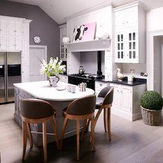 Küchen Küchenideen Küchengeräte Wohnideen Möbel Dekoration Decoration Living Idea Interiors home kitchen - Modernes Landwohnküche in weiß …