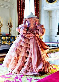 I have always been obsessed with tiers and crinoline-like dresses. Tiers and peplums have always been something I want to conquer, because as a designer I want to work with these styles.