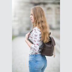 Luxusný dámsky módny ruksak 8659k v hnedej farbe | Luxusné a módne šperky, doplnky, ozdoby, darčeky