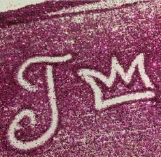 Pretty Letters, Cute Letters, Monogram Letters, Camera Wallpaper, Bling Wallpaper, Jessica Name, Girls Dp For Whatsapp, Stylish Alphabets, Alphabet Letters Design