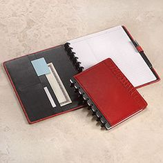 This is the leather-bound version of the Circa Notebook by Levenger. I LOVE this and have one in red that I use for brainstorming business ideas. http://www.levenger.com/PAGETEMPLATES/PRODUCT/Product.asp?Params=Category=326-339 Level=2-3 PageID=8421
