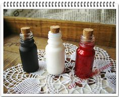 Pearlite Glass Tiny Bottle With Corks