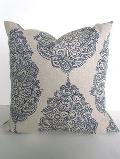 GET A WHOLE NEW LOOK JUST BY USING PILLOW COVERS! THE PILLOW COVERS CAN GO OVER A PILLOW INSERT OR YOUR EXISTING PILLOWS! Add a FRESH NEW DESIGNER LOOK to any room with this pillow cover made for any size of pillow. It features a gorgeous Geometric pattern in NAVY BLUE on a tan