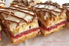 botez – si dintr-o data m-am gandit ca i se potriveste Romanian Desserts, Romanian Food, Cookie Recipes, Dessert Recipes, No Cook Desserts, Dessert Drinks, Something Sweet, Confectionery, Cake Cookies