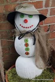 Bet ya didn't think Alabama had snowmen did ya? At least this is my version of an Alabama snowman. Pumpkin Snowmen, Christmas Pumpkins, Christmas Holidays, Snowman, Pumpkin Decorating, Pumpkin Ideas, Costumes, Crafty, Alabama