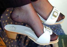 Wooden Sandals, Cork Sandals, Flip Flop Sandals, Flip Flops, Clogs, Dr Scholls Sandals, Cute Slippers, Nylons Heels, Sexy Legs And Heels