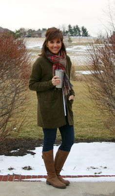 Cold Weather Outfit-Oversized sweater, scarf and brown boots.