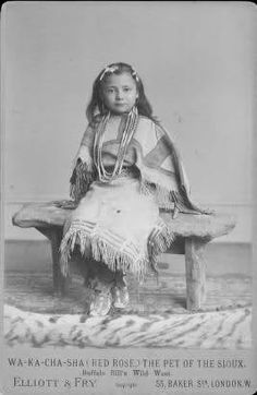 RED ROSE (Wa-Ka-Cha-Sha), Lakota - Looks like my niece Jada!This is actually Rose Nelson-Ecoffey - my great grandmother. Nelson's daughter and he was the driver of the Deadwood stage in Cody's show. Native American Children, Native American Beauty, Native American Photos, Native American History, Native American Indians, Into The West, Native Indian, Indian Tribes, First Nations
