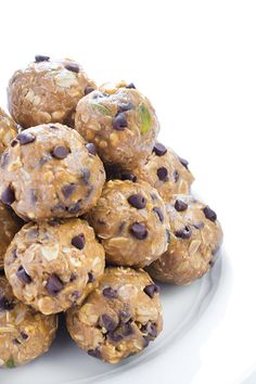 Looking to create a helpful family routine before the kids head off to school this year? Whip up a batch of these No-Bake Peanut Butter Energy Bites every Sunday before the week starts. This recipe is a quick and easy, make-ahead snack or dessert that's sure to put a smile on your face and leave your kids feeling full and satisfied during the school day!